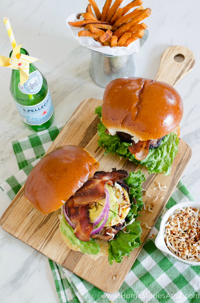 Hawaiian Sausage Burger_
