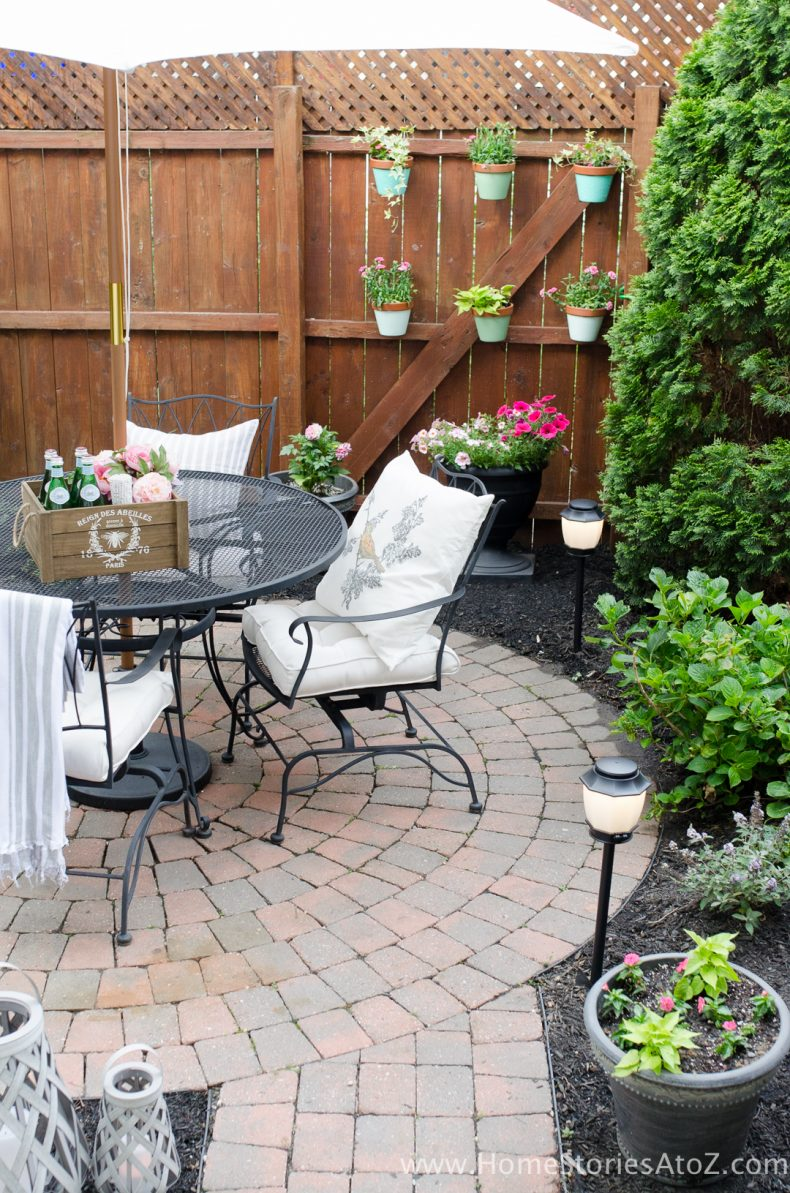 Urban Backyard Makeover with Outdoor Mosquito Repellent ... on Small Outdoor Patio Ideas id=92007