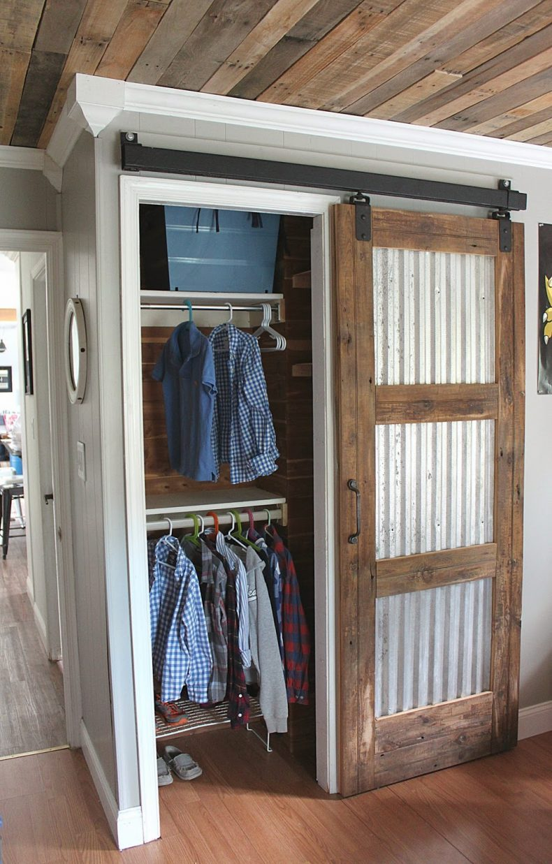 20 diy barn door tutorials for Barnwood pocket door