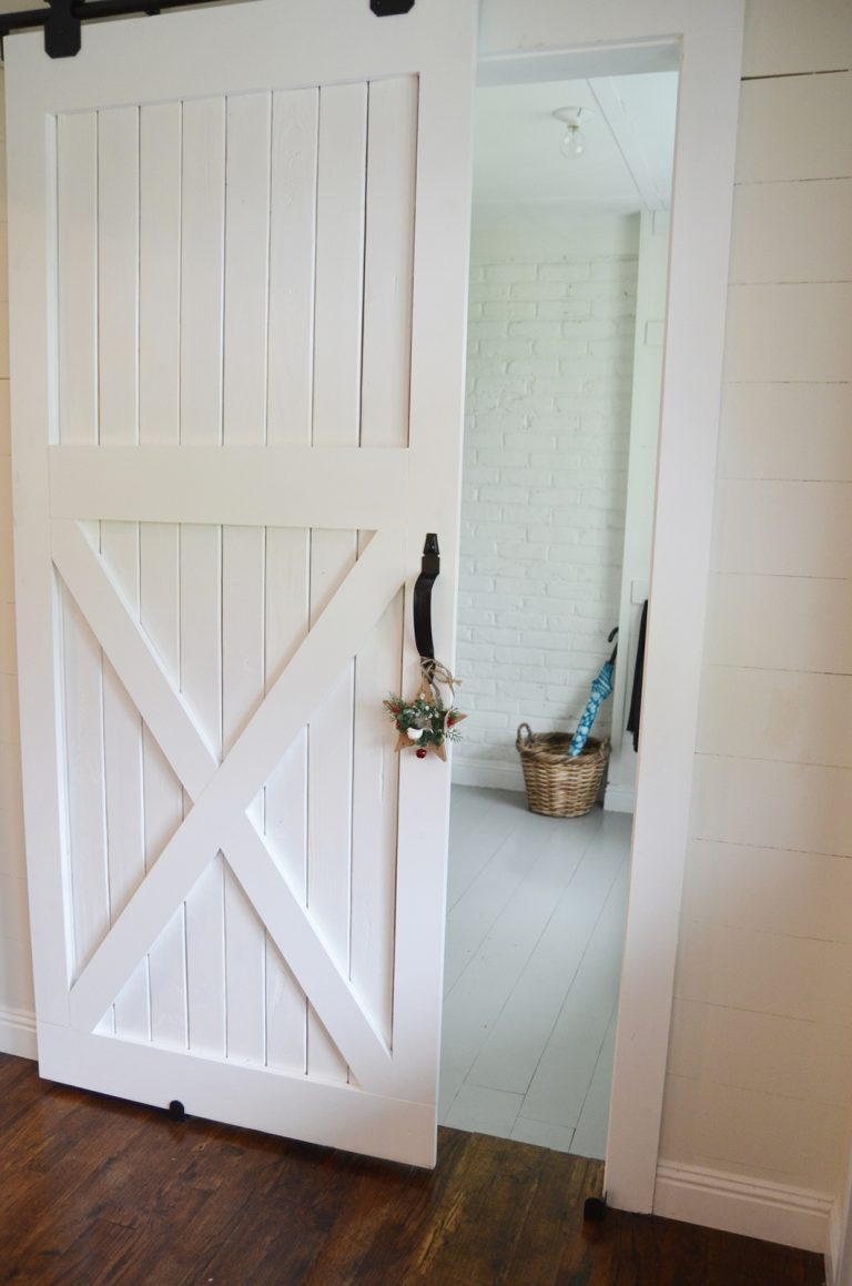 20 diy barn door tutorials for Diy interior door designs