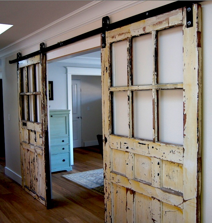 20 diy barn door tutorials - How to install an exterior sliding barn door ...