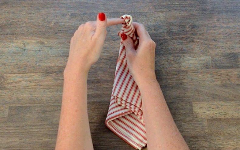 napkin tie tutorial