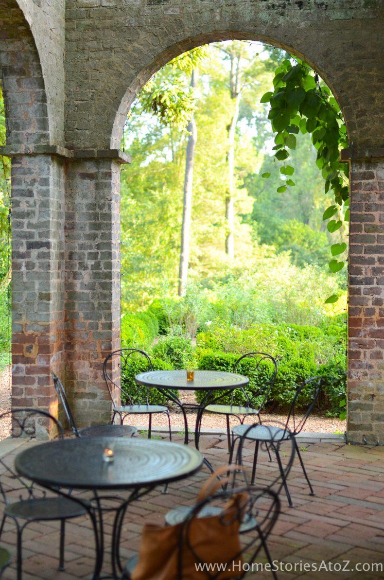 Barnsley Gardens-33