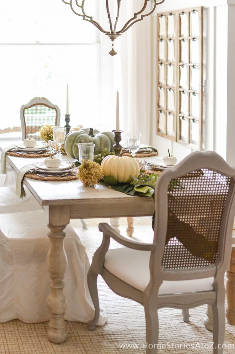Dining table decorations ideas 100 casual dining room for Casual dining room curtain ideas