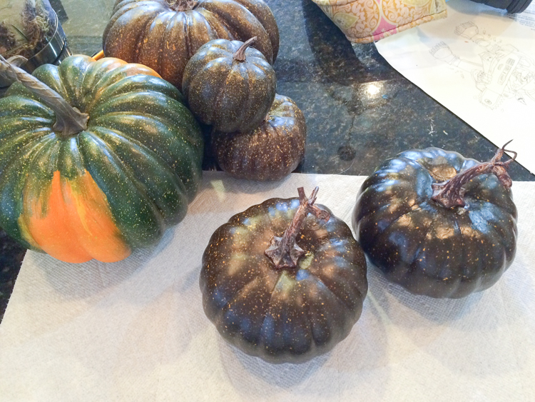 how-to-paint-pumpkins-14