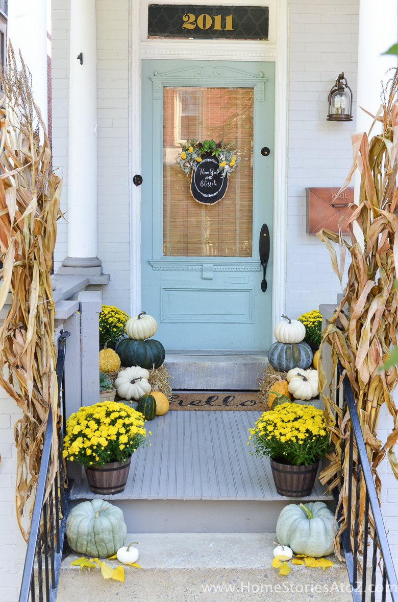 yellow-and-green-fall-porch-13