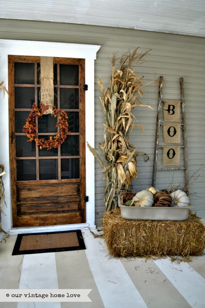 rustic-farmhouse-fall-porch