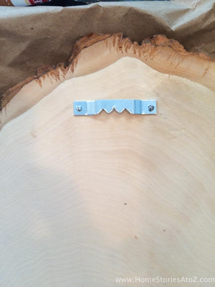how-to-make-chalkboard-wood-slice-door-decor-10