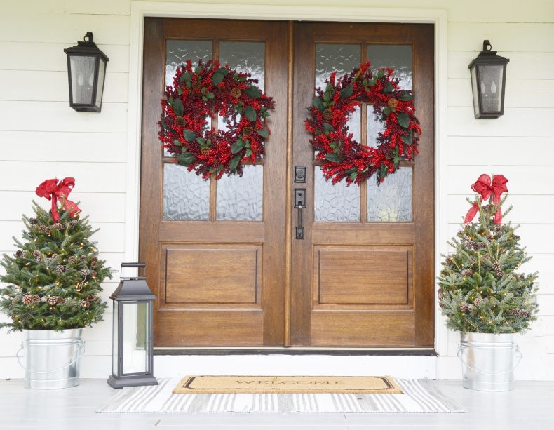 christmas-porch-beneath-my-heart
