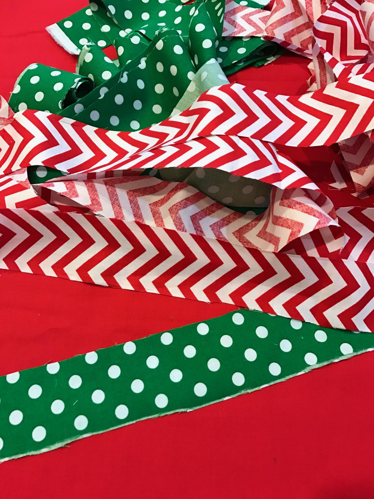 christmas-tree-hats-diy