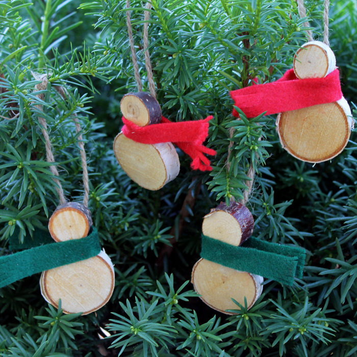 wood-slice-snowmen-ornaments-004