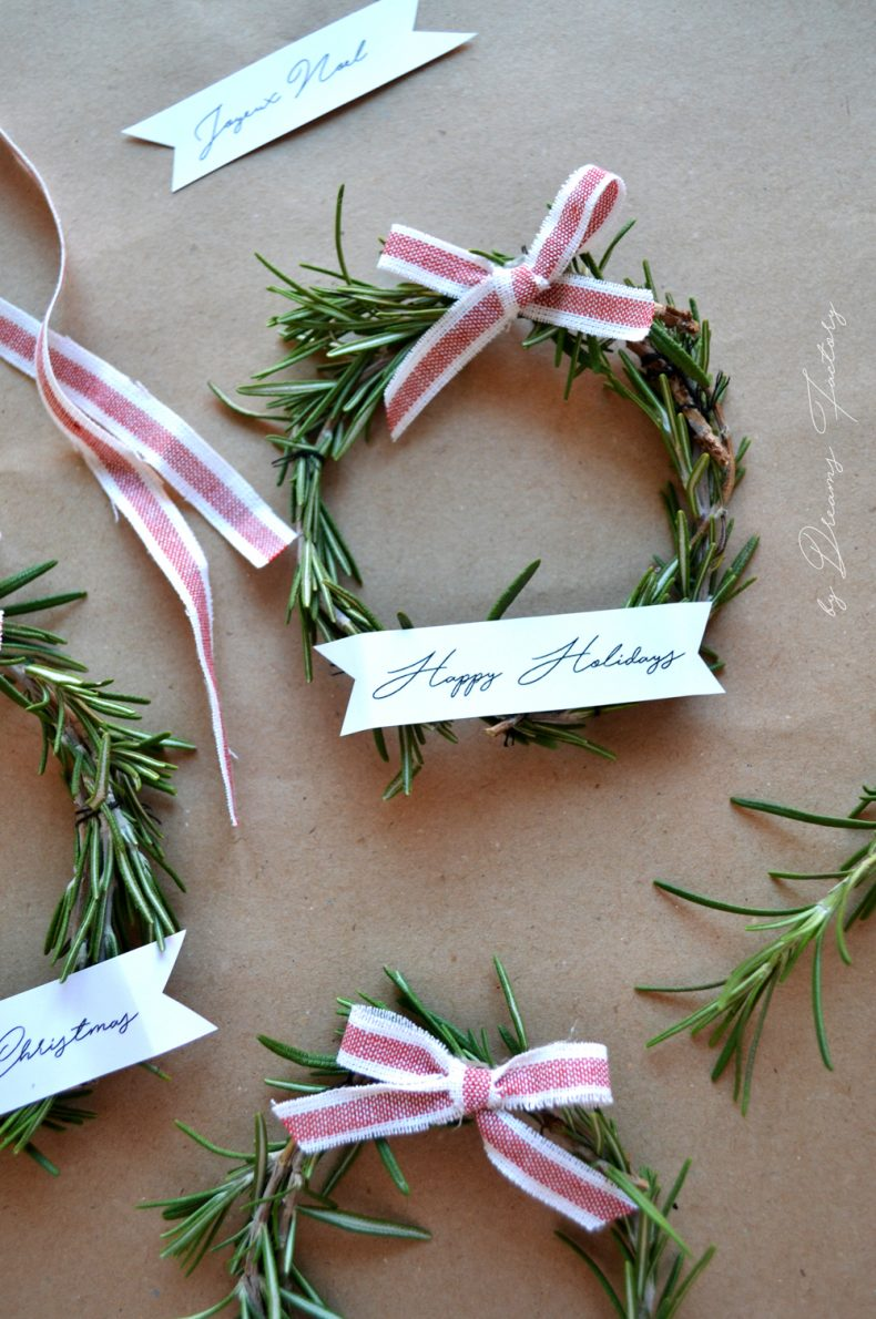 mini-rosemary-wreaths-free-ribbon-banners-for-christmas-44