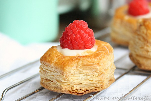 white-chocolate-raspberry-puffs