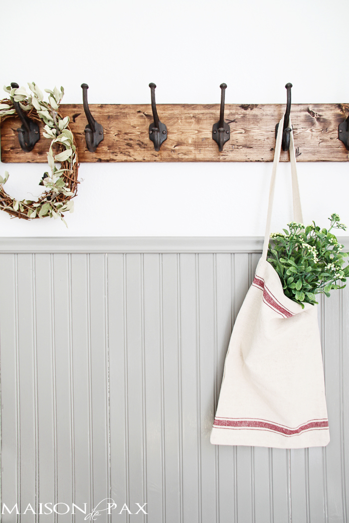 diy-rustic-coat-rack-full