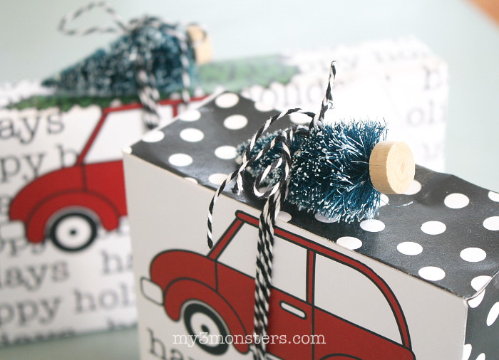 printable-gift-boxes-topped-with-bottle-brush-tree