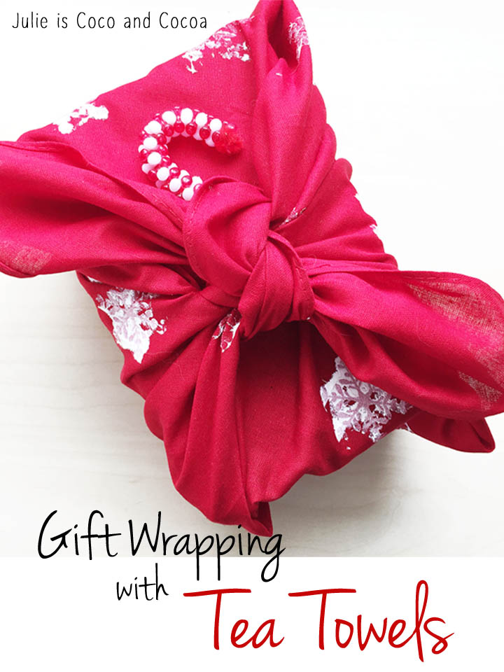 tea-towel-holiday-gift-wrapping