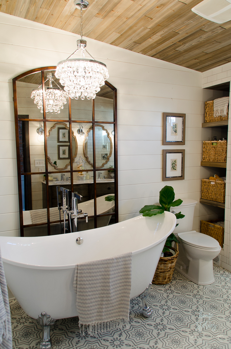 Beautiful urban farmhouse master bathroom remodel for Bathroom hanging decorations