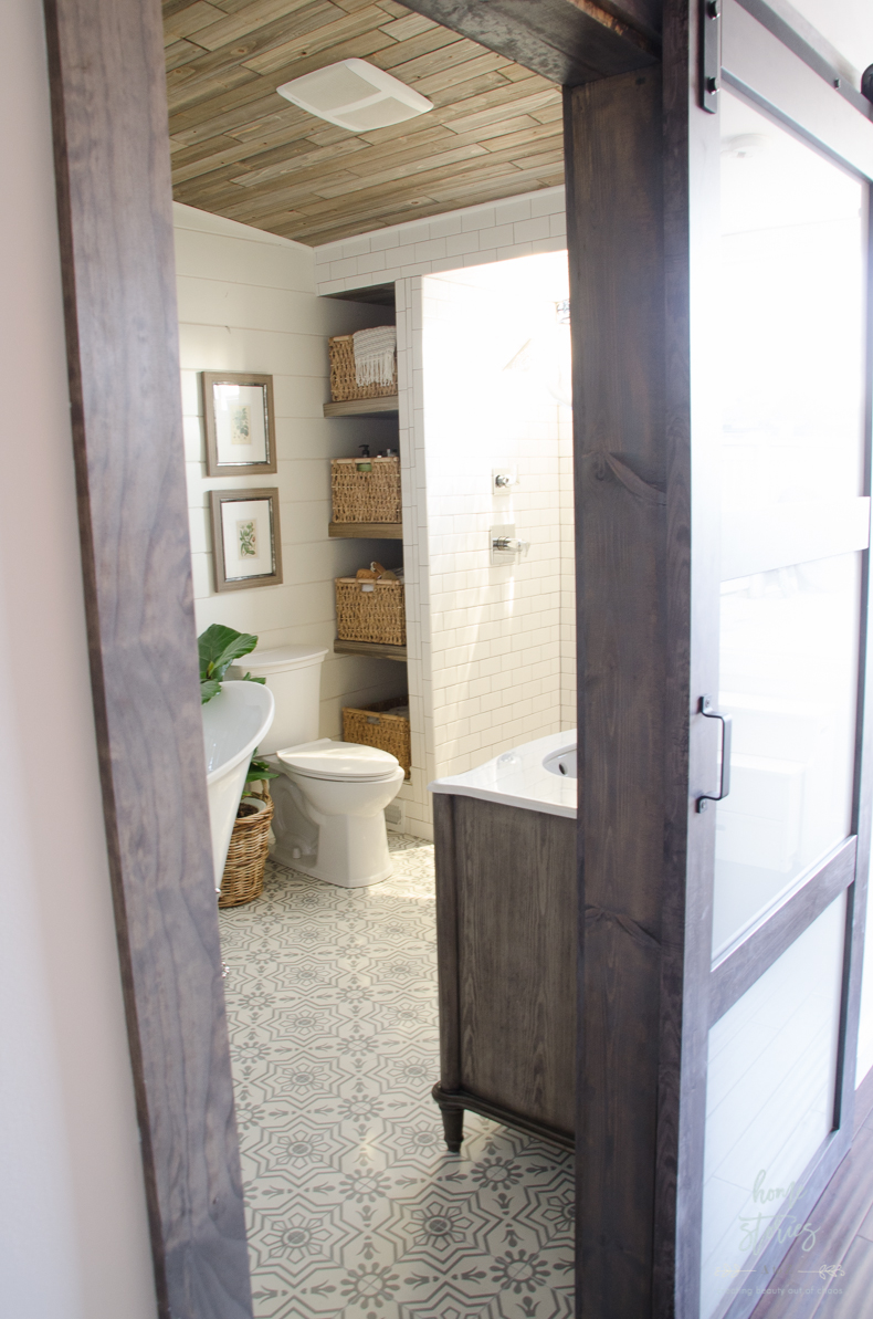 Urban Farmhouse Master Bathroom Remodel on Farmhouse Bathroom Remodel Ideas  id=42449