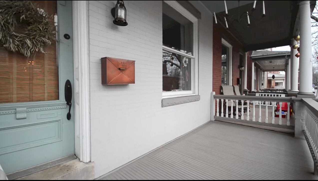 Spring Porch Decorating Tip: Build From The Bottom Up