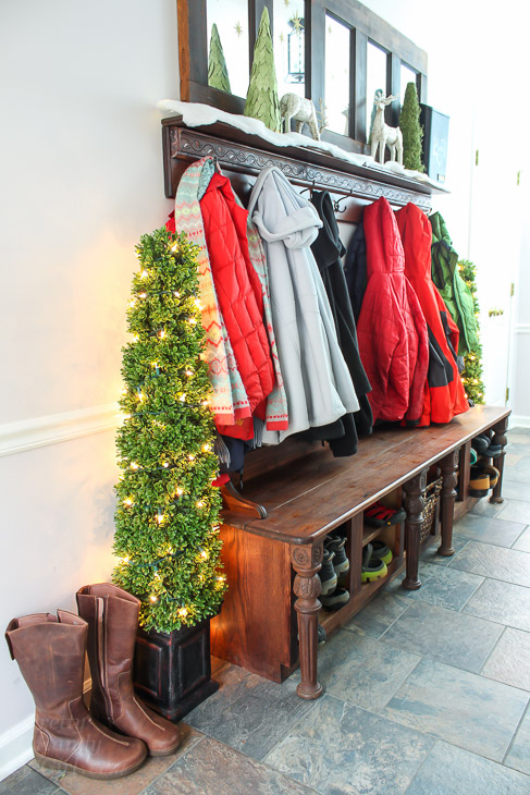 mudroom-bench-shoe-storage-coat-rack