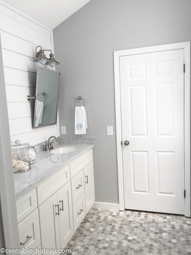 10 gorgeous farmhouse bathroom renovations. Black Bedroom Furniture Sets. Home Design Ideas