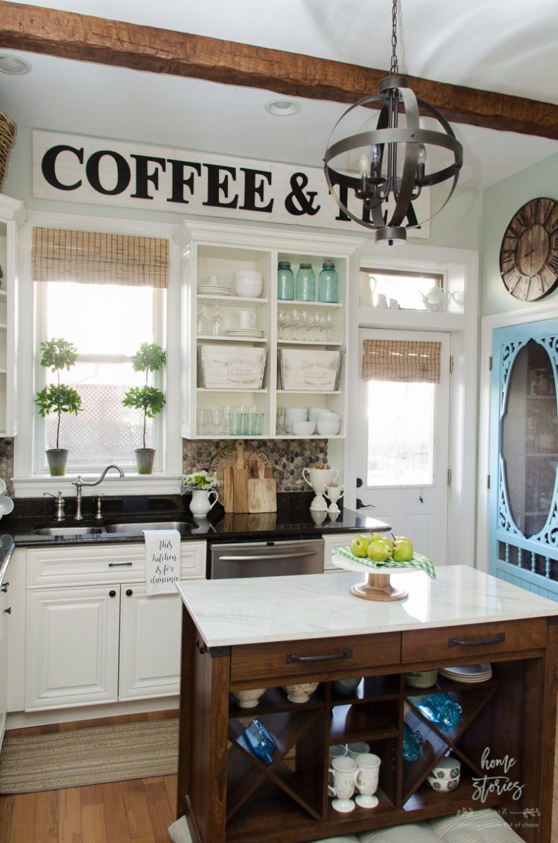 13 simple farmhouse decor ideas for Farmhouse kitchen design pictures