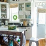 11 Beautiful Farmhouse Kitchens