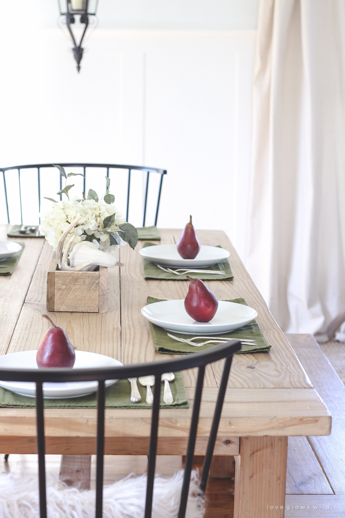 RUSTIC FARMHOUSE FALL DINING ROOM BY LOVE GROWS WILD