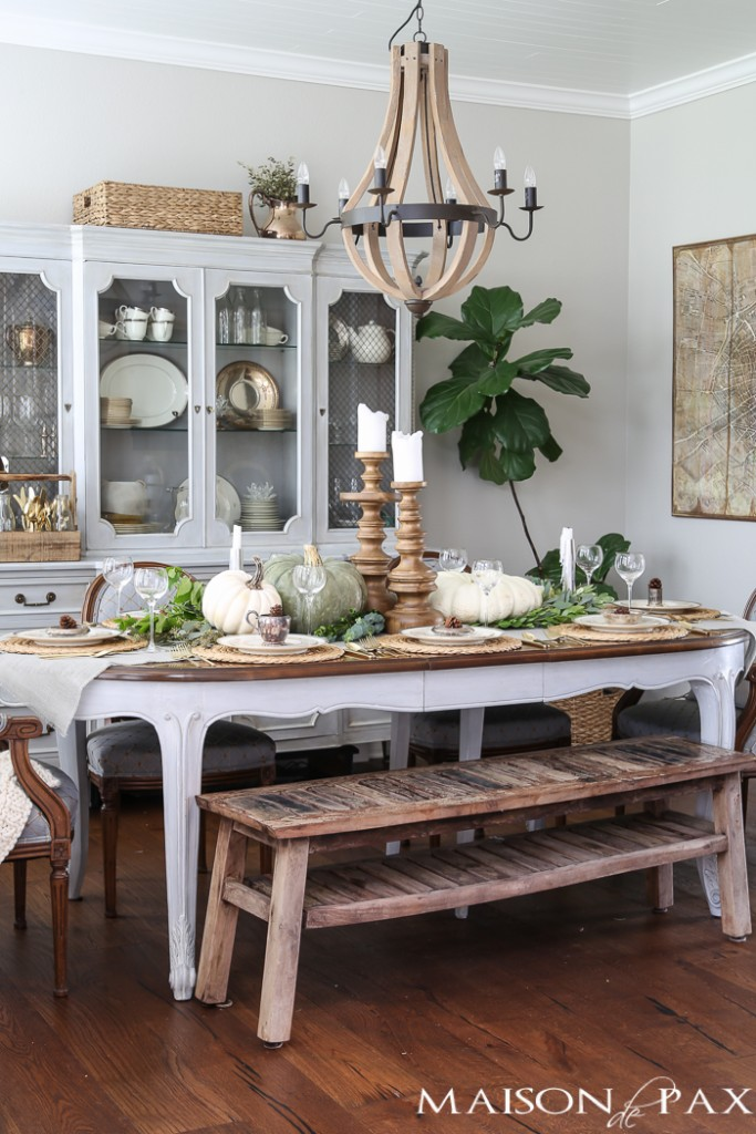 ELEGANT NEUTRAL FALL DINING ROOM BY MASON De PAX