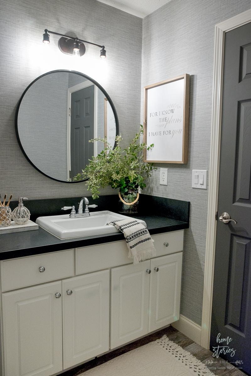 4 Tips For Creating A Budget Friendly Boho Farmhouse Bathroom Makeover