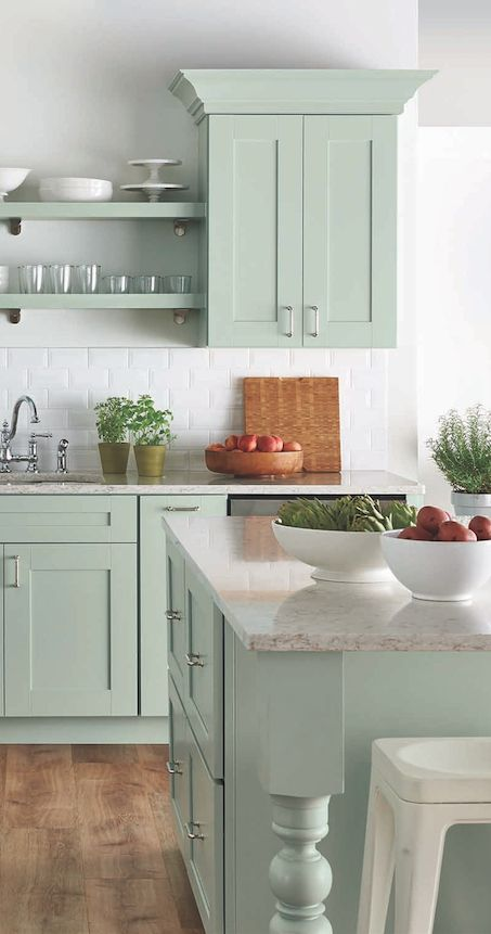 20 Gorgeous Green Kitchen Cabinet Ideas