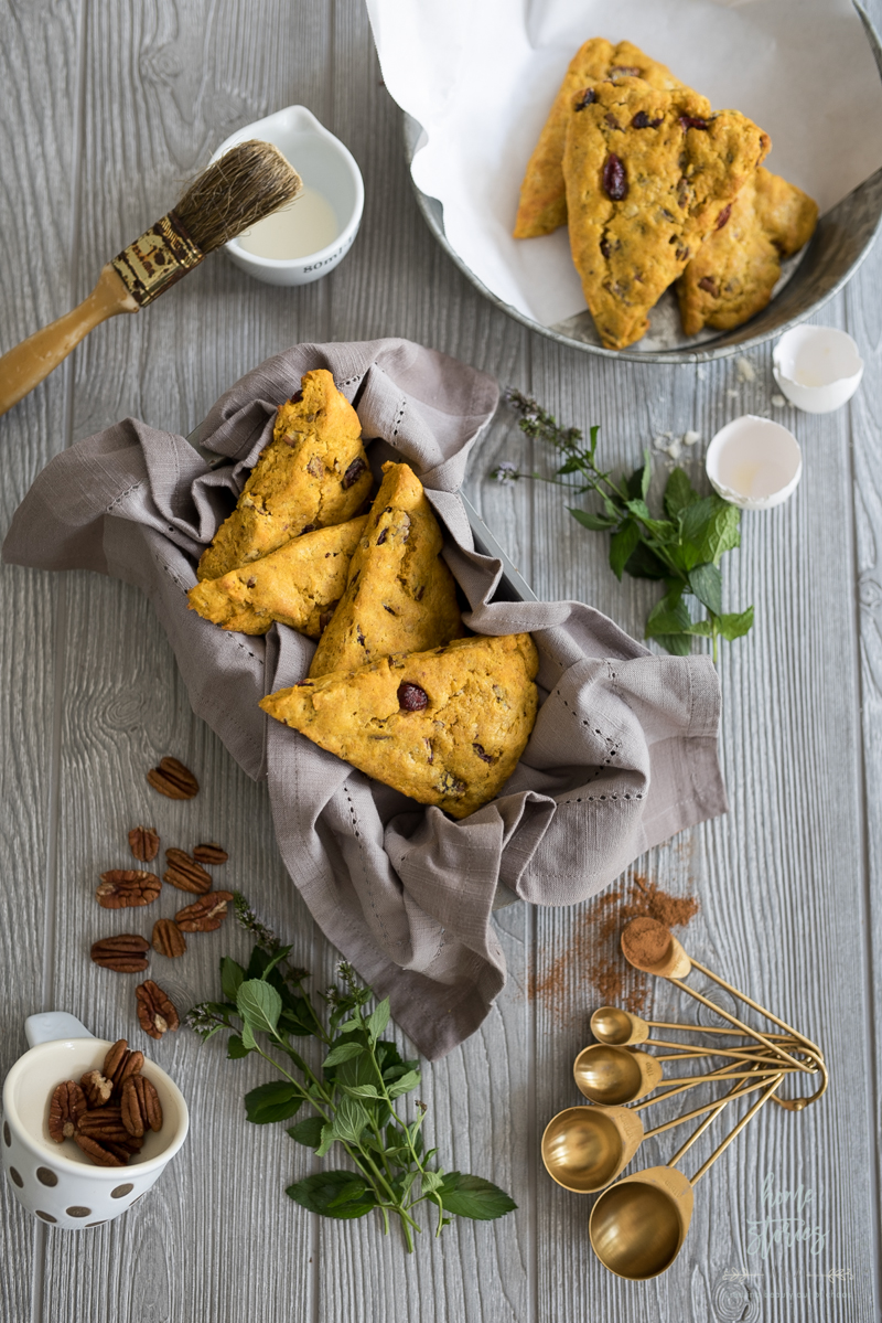 Keto Pumpkin Cranberry Scones