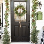 Farmhouse Christmas Porch: Tips for Creating a Beautiful and Affordable Christmas Porch
