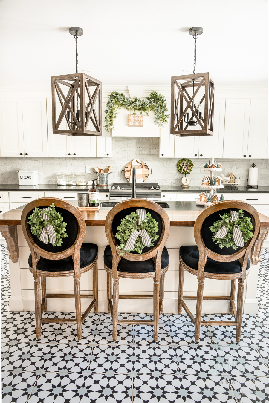 Black White Farmhouse Christmas Kitchen