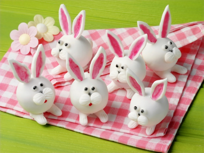 Yummy Easter Treat Recipes - Easter Bunny Truffles by Attachment Mummy
