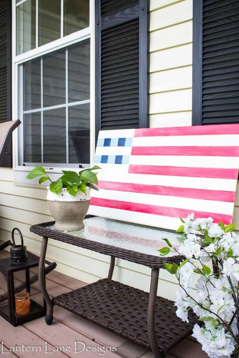 Patriotic Decor for July 4th - DIY American Flag Decor by Lantern Lane Designs