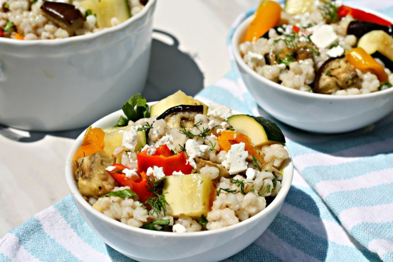 80+ Best Summer Recipes - Summer Vegetable Barley Salad by Looney for Food