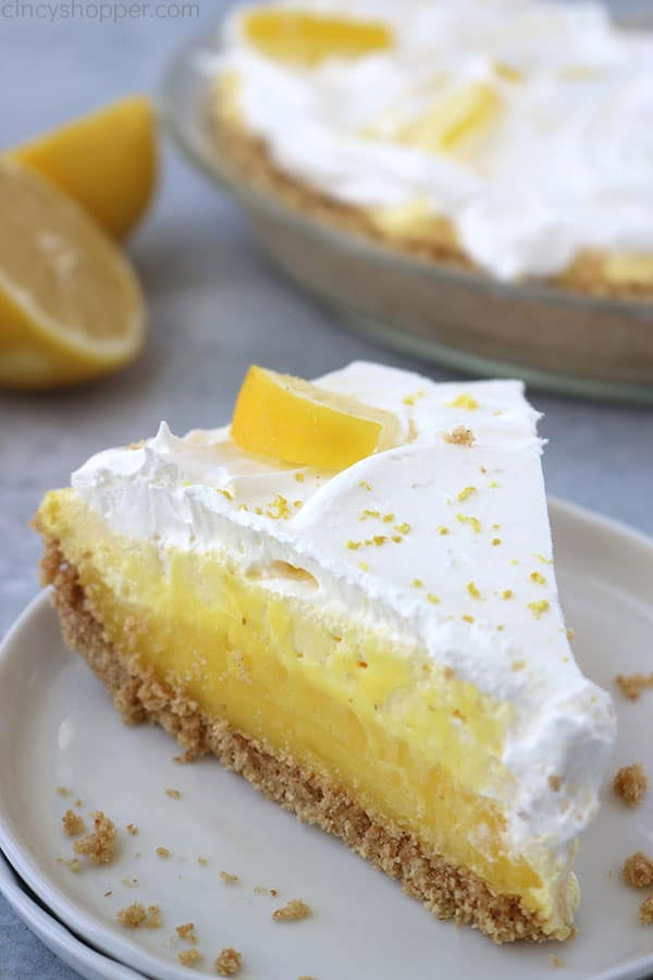 Best Summer Pie Recipes - Easy Lemon Pie by Cincy Shopper