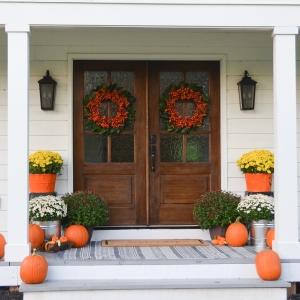 20 DIY Fall Wreath Ideas - Fall Farmhouse Porch by Beneath My Heart