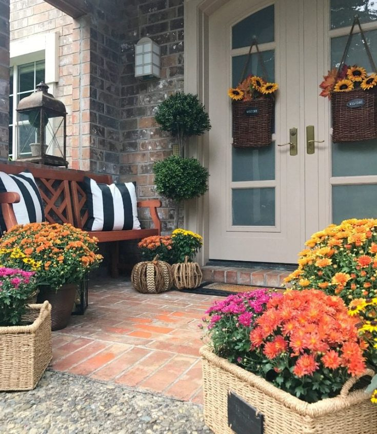 20 DIY Fall Wreath Ideas - Sunflower Baskets by The Design Twins