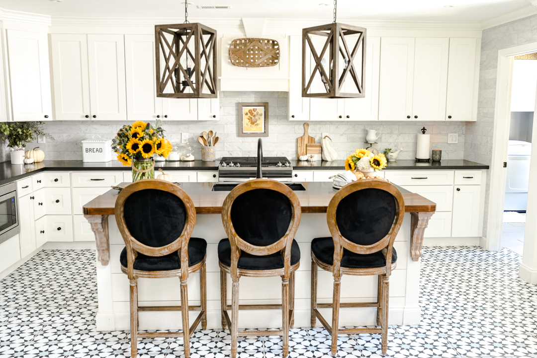 Early Fall Kitchen Decorating Ideas Sunflowers Hydrangeas