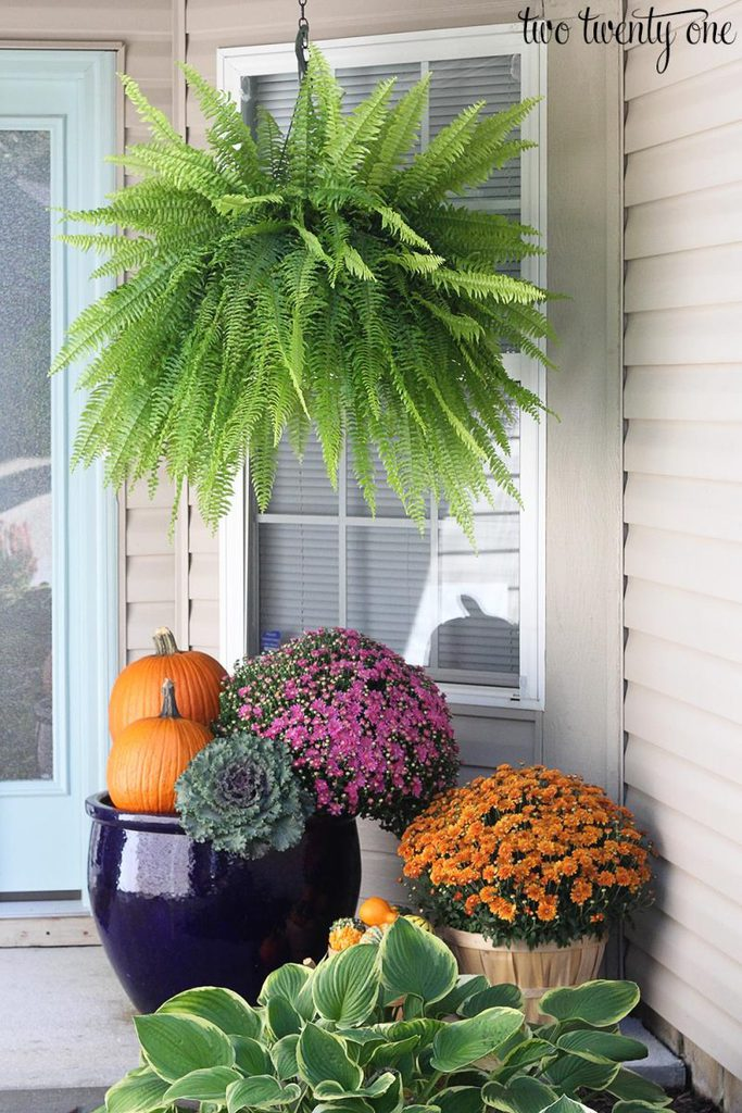 Traditional Fall Porch Decor Ideas - Beautiful Fall Porch by Two Twenty One