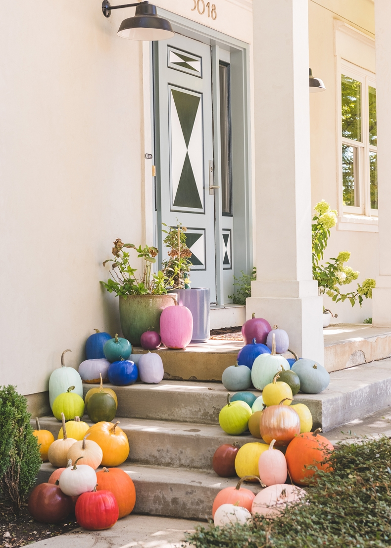 DIY Pumpkin Painting Ideas - Rainbow Painted Pumpkins by The House that Lars Built