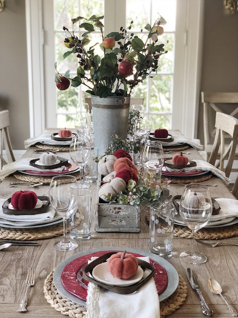 Fall Dining Room Ideas - Fall Tablescape by My 100 Year Old Home