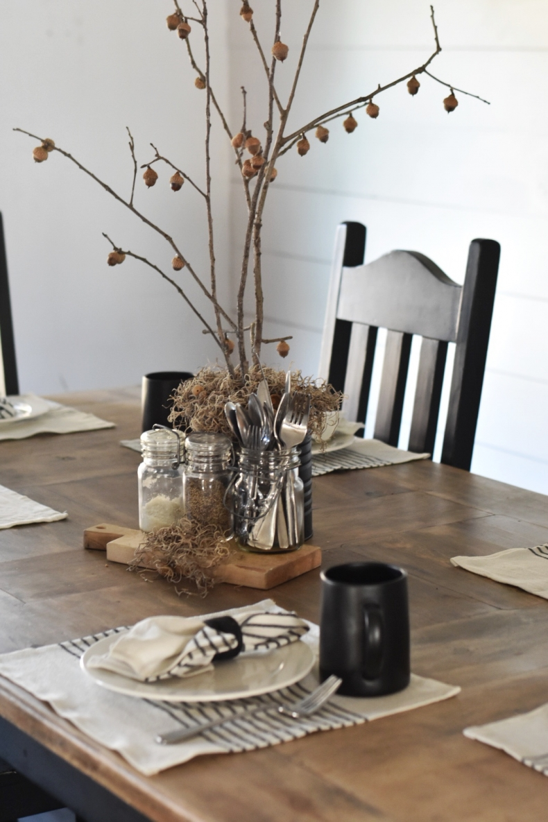 Fall Dining Room Ideas - Rustic Nature Inspired Fall Table by Rocky Hedge Farm