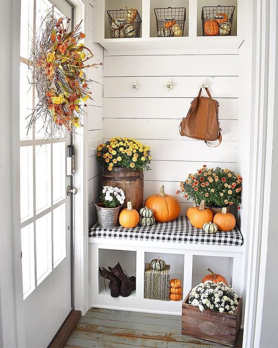 Fall Mudroom Ideas - Simply Southern Cottage