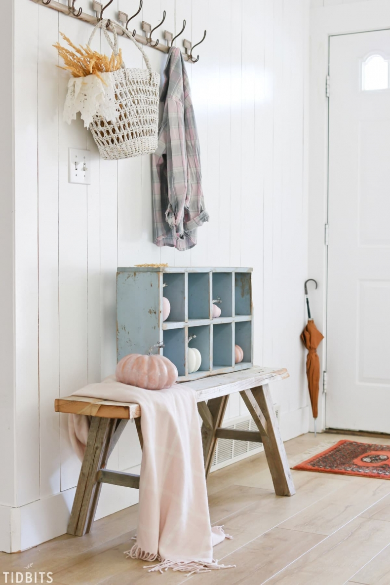 Fall Mudroom and Entryway Ideas - Tidbits