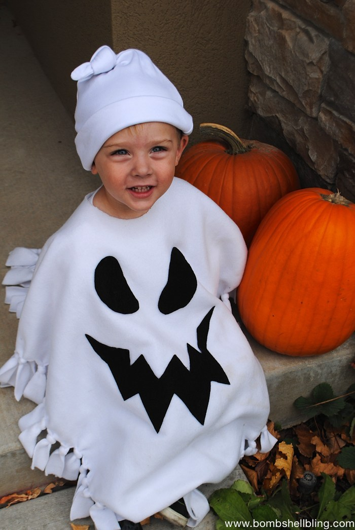 Halloween Costume Ideas - No-Sew Ghost Costume by Bombshell Bling