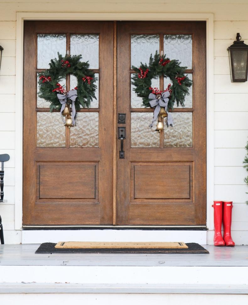 Beautiful Christmas Porch Ideas - Farmhouse Christmas Porch by Beneath My Heart