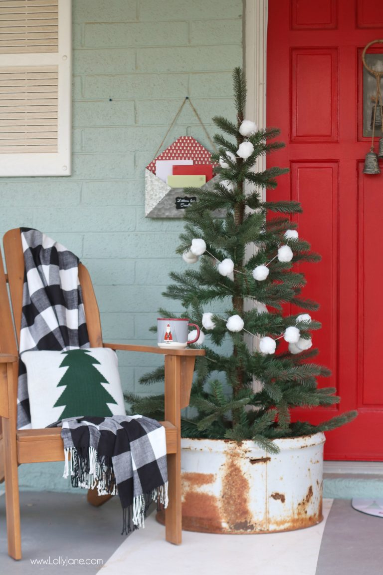 Beautiful Christmas Porch Ideas - Gorgeous Red Christmas Door by Lolly Jane